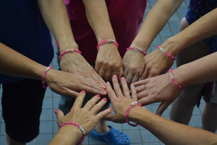 Team spirit pink bracelets
